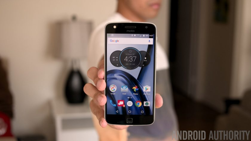 Moto Z Play Droid-24
