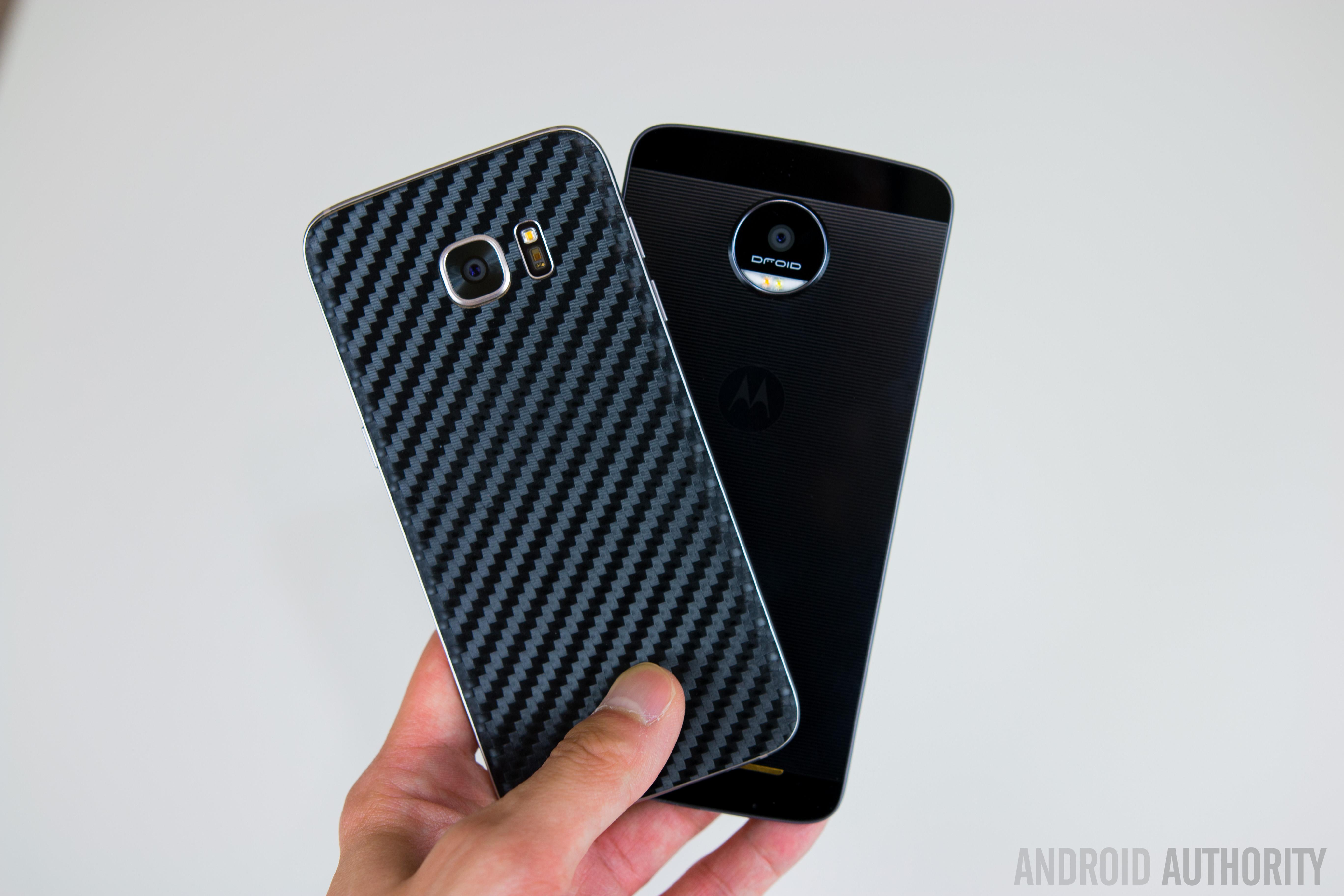 Motorola Moto Z vs Samsung Galaxy S7 Edge-12
