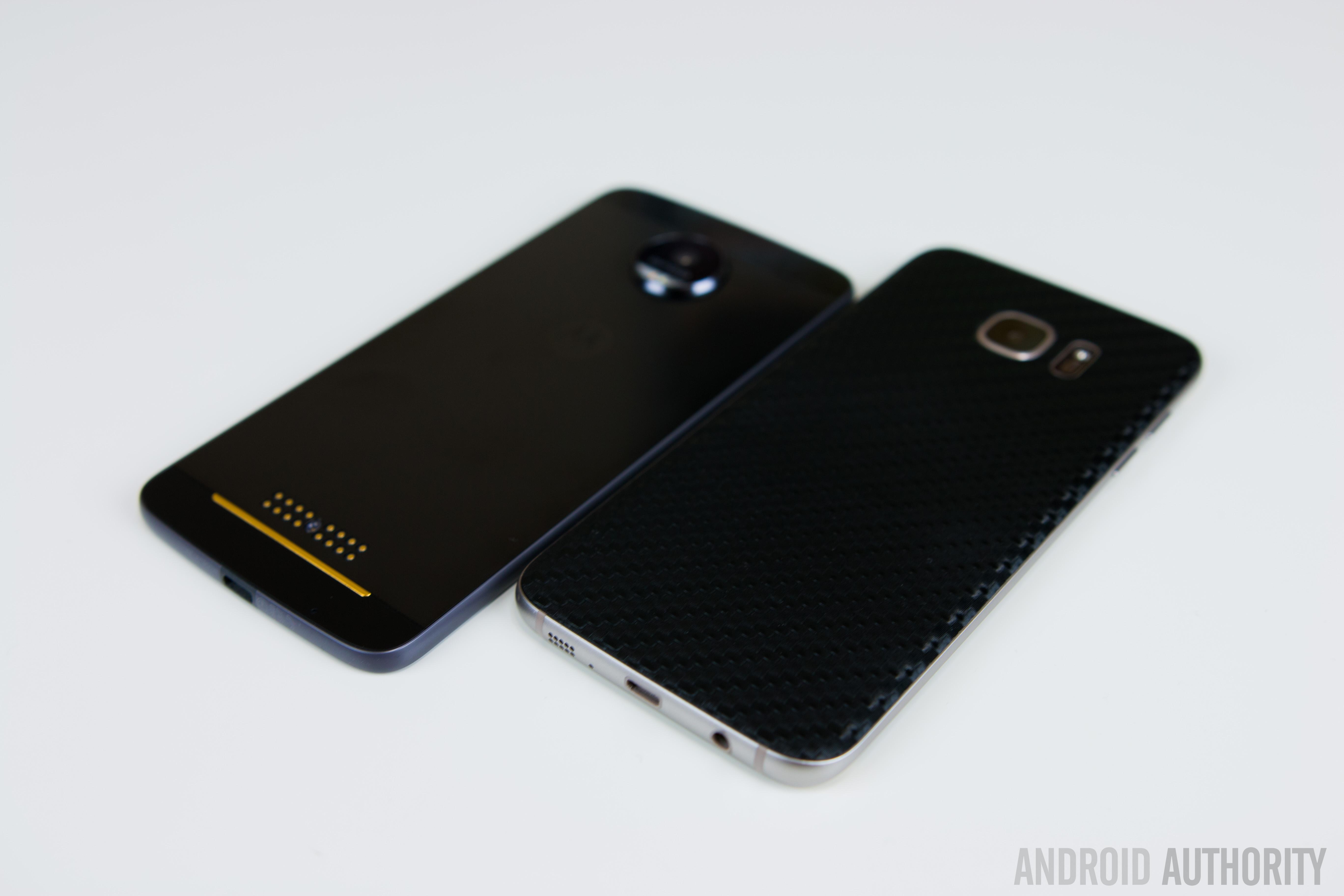 Motorola Moto Z vs Samsung Galaxy S7 Edge-6