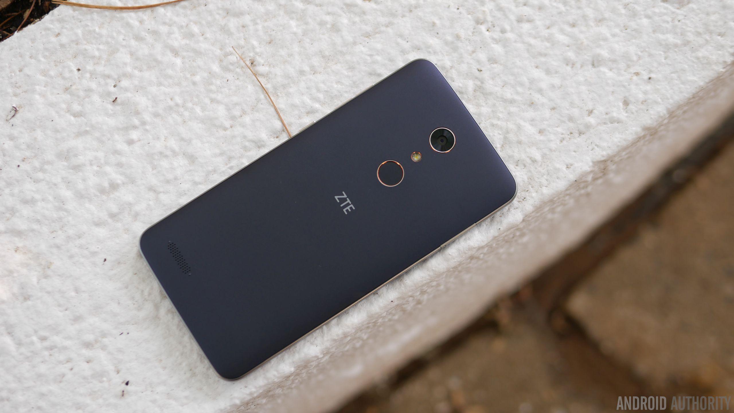 ZTE ZMAX Pro Review 5