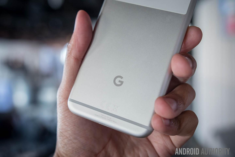 Verizon: Google Pixel will come with no bloatware. Okay ...