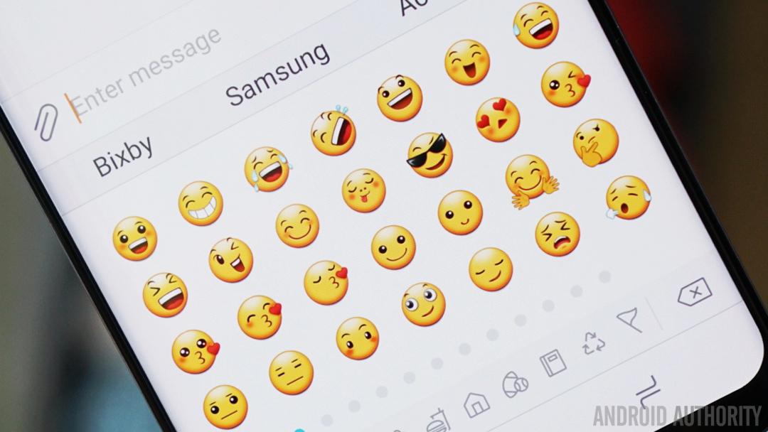 samsung galaxy vs iphone emoji