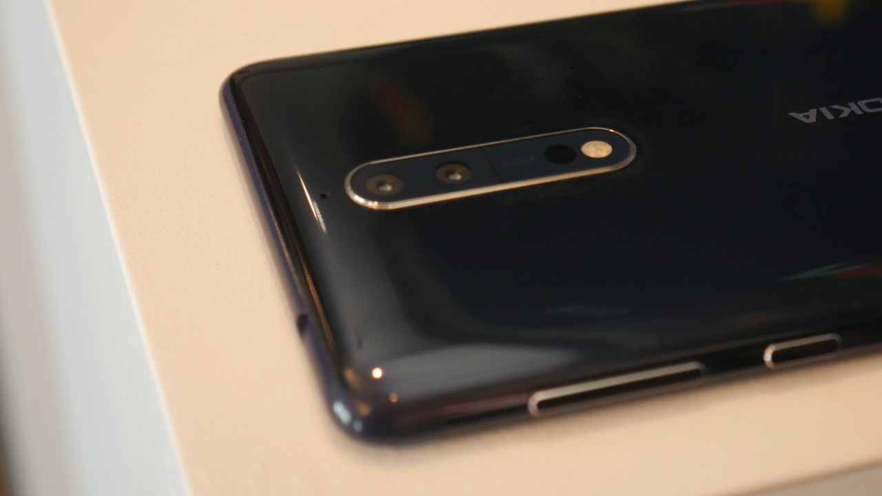 Hands-on with the Nokia 8