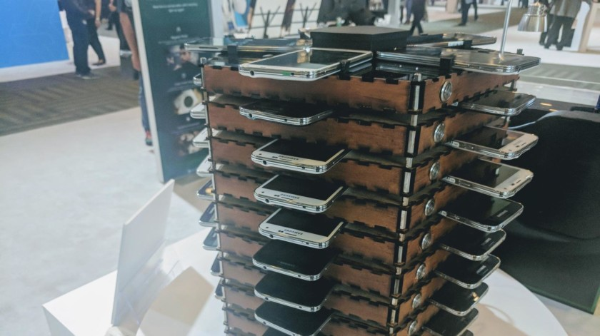 samsung turned 40 galaxy s5s into a bitcoin mining rig