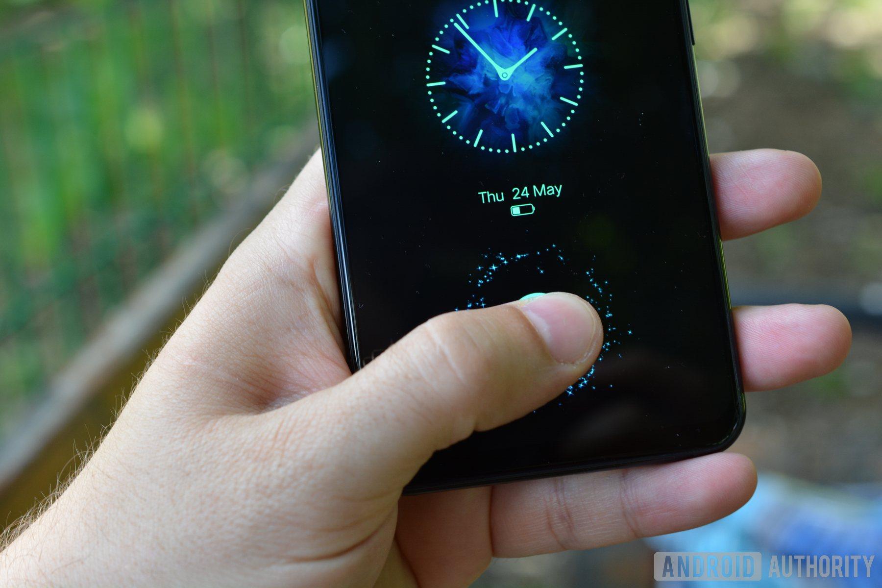 Using the fingerprint sensor on the Vivo X21 UD