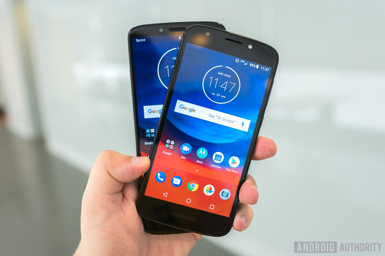 Motorola Moto E5 Play and Moto E5 Plus Displays In Hand, Moto E5 Plus review