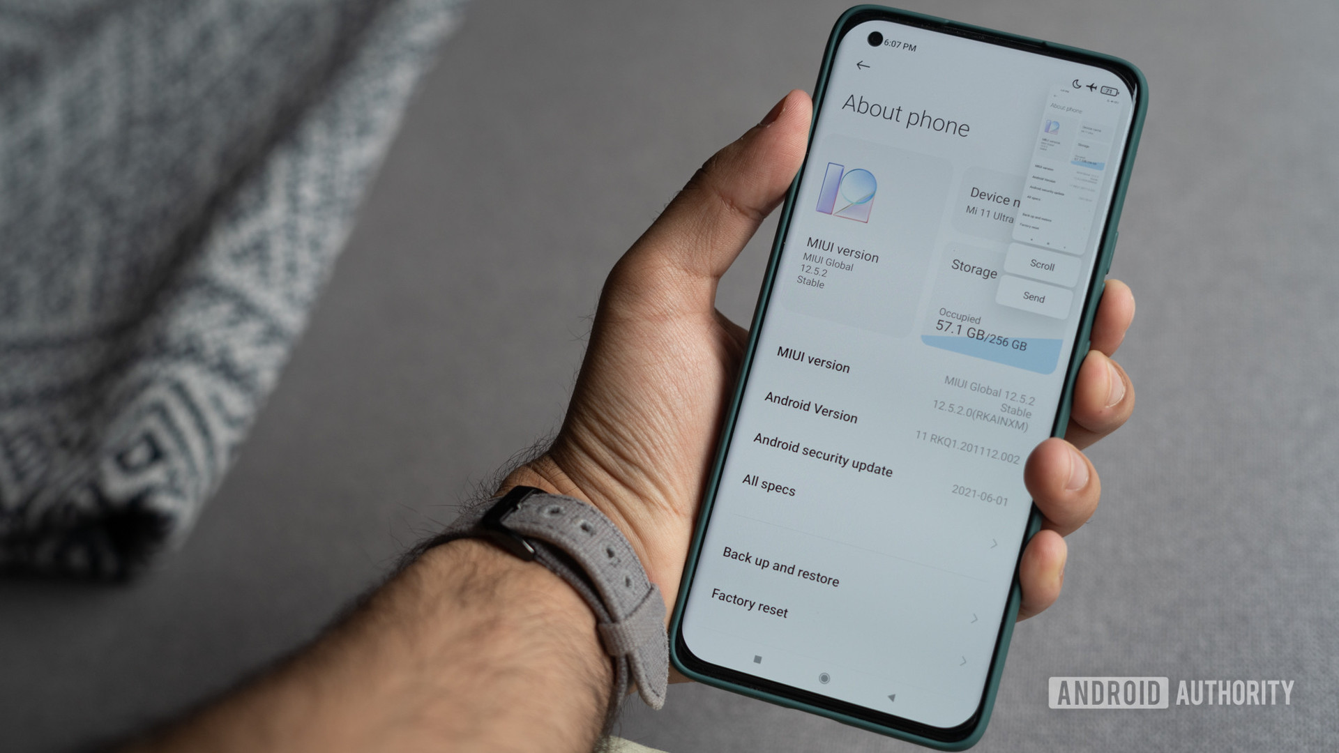 Xiaomi phone how to take a screenshot