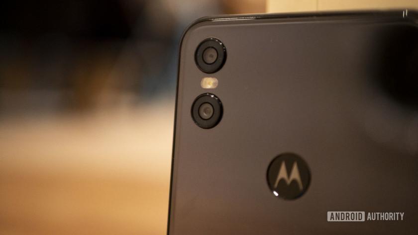 Motorola One Cameras