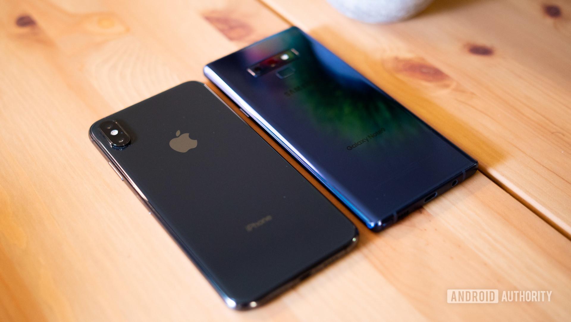 Samsung Galaxy Note 9 vs Apple iPhone XS Max