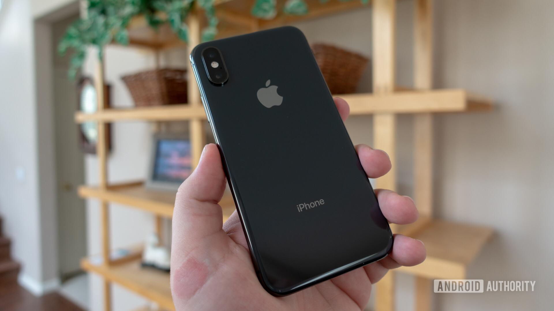 Apple iPhone XS rear
