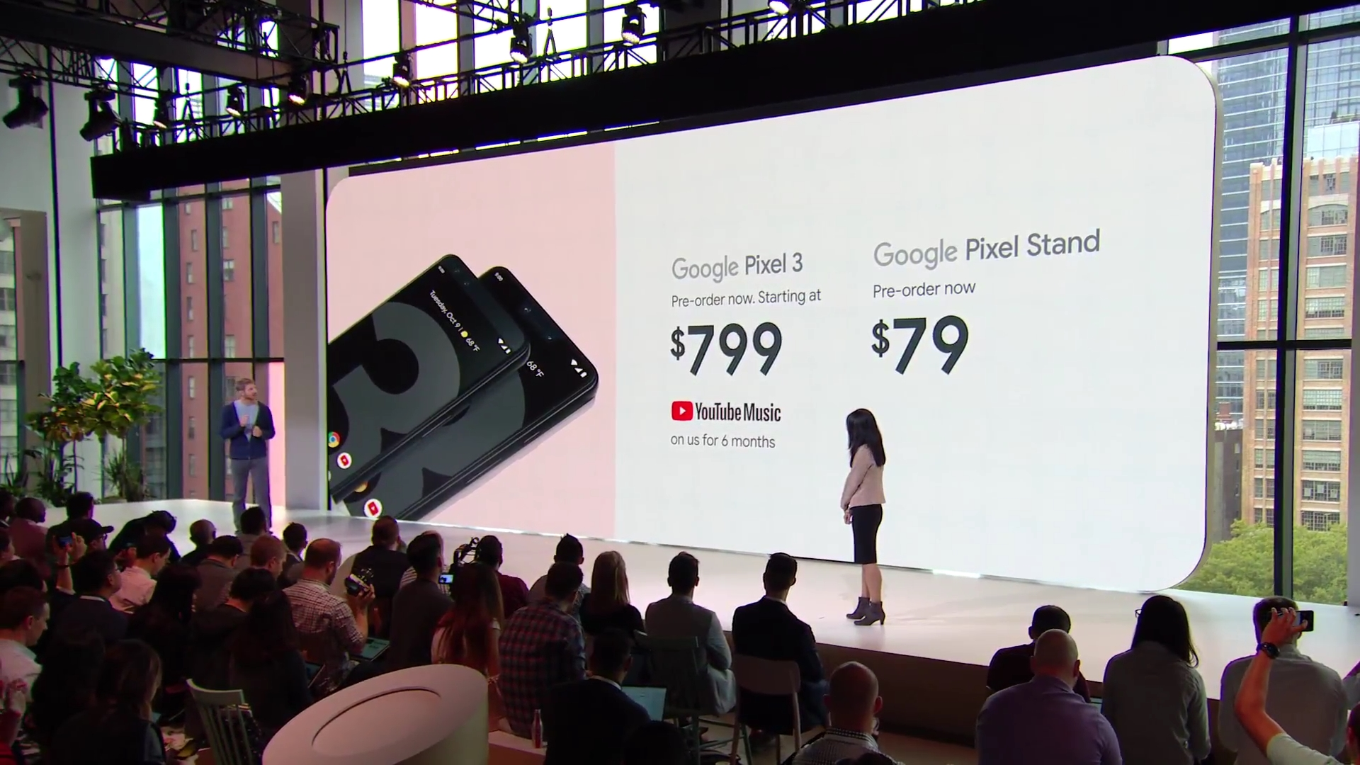 Photo of the price reveal at the presentation on the Google Pixel 3