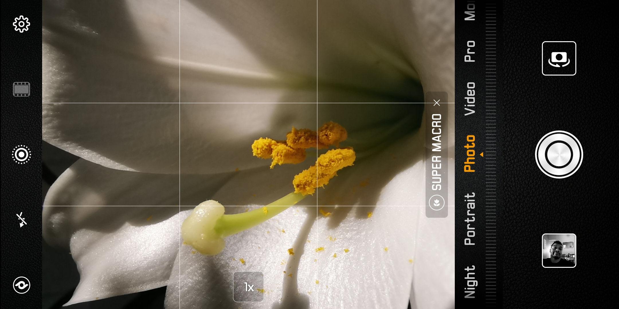 The Huawei Mate 20 Pro camera app.