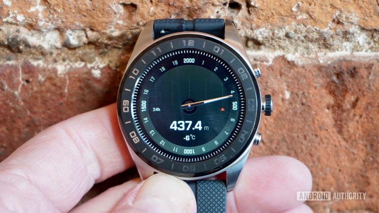 LG W7 smartwatch review altitude