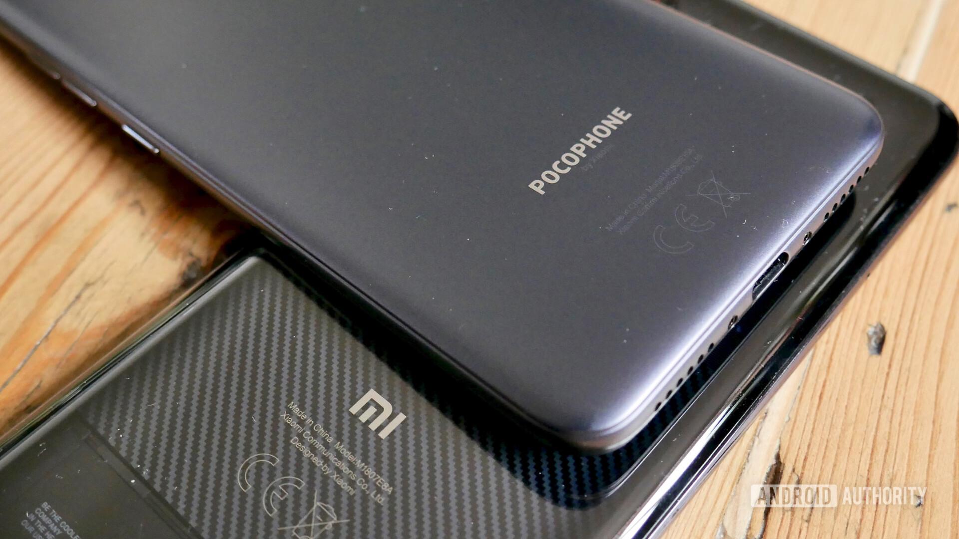 Xiaomi Mi 8 Pro vs Pocophone F1 rear