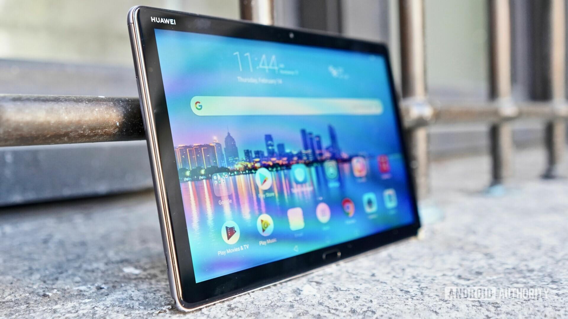 Huawei MediaPad M5 Lite Review left profile