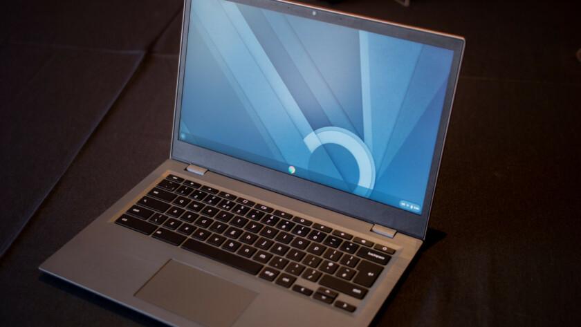Default desktop screen on the Lenovo 14e Chromebook