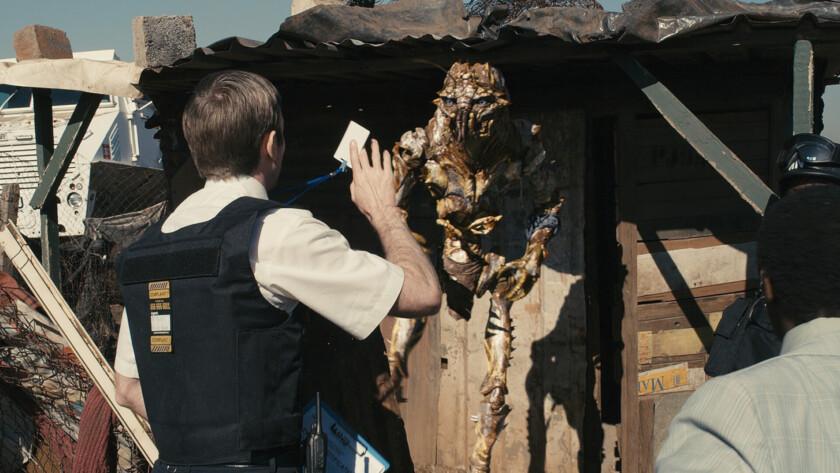 District 9 best sci fi movies on hulu