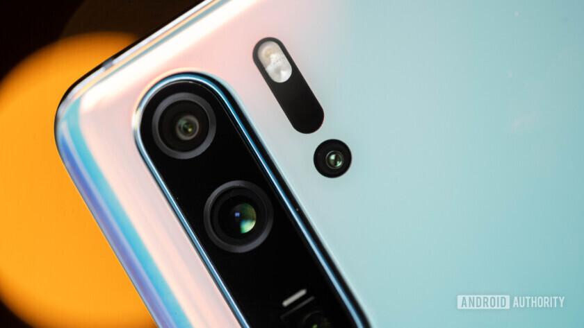 Huawei P30 Pro camera module and TOF macro