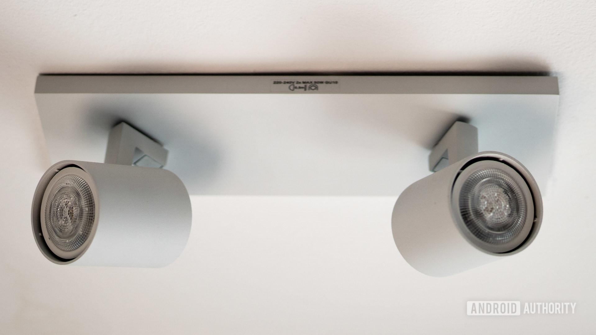 Philips Hue MyLiving spot runner lighting bar