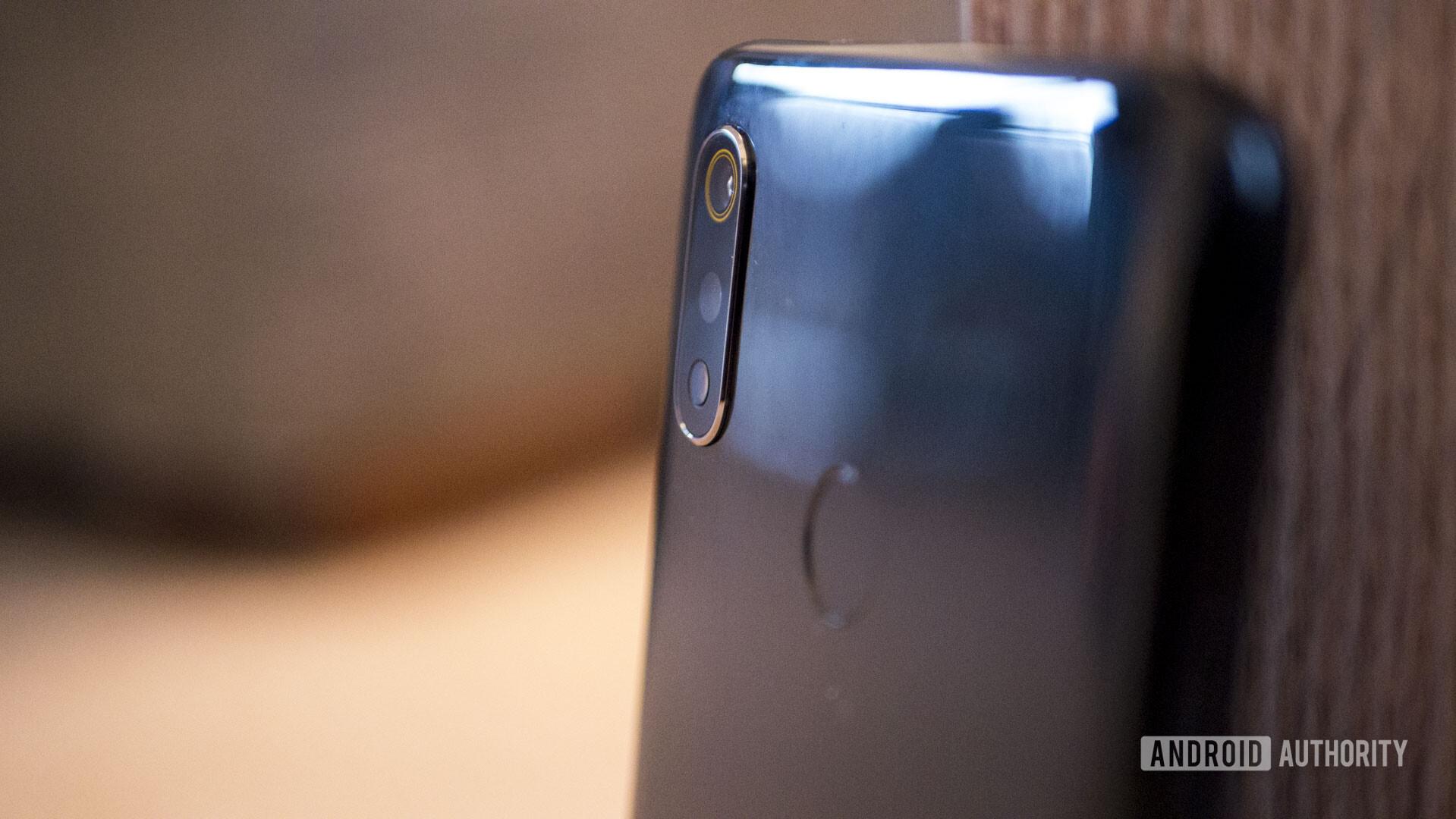 Realme 3 close up of camera