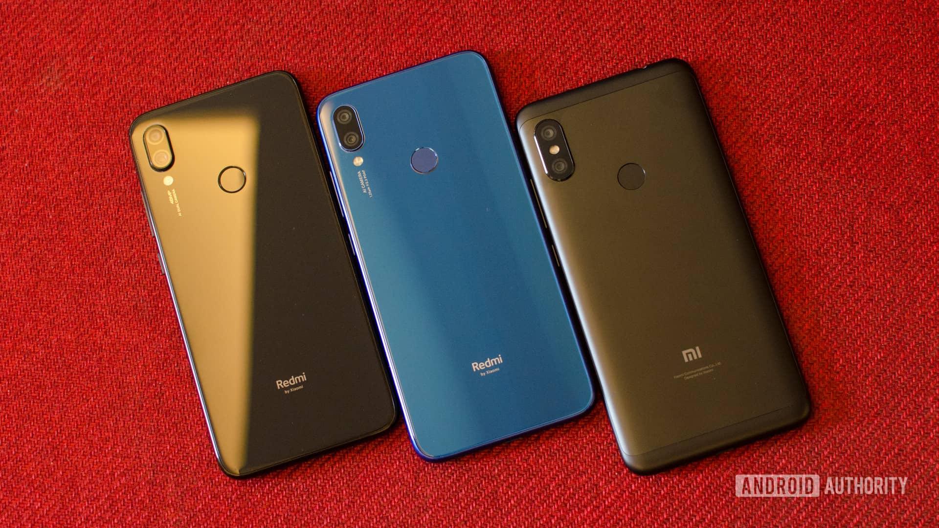 Redmi Note 6 Pro vs Note 7 vs Note 7 Pro back of the phones