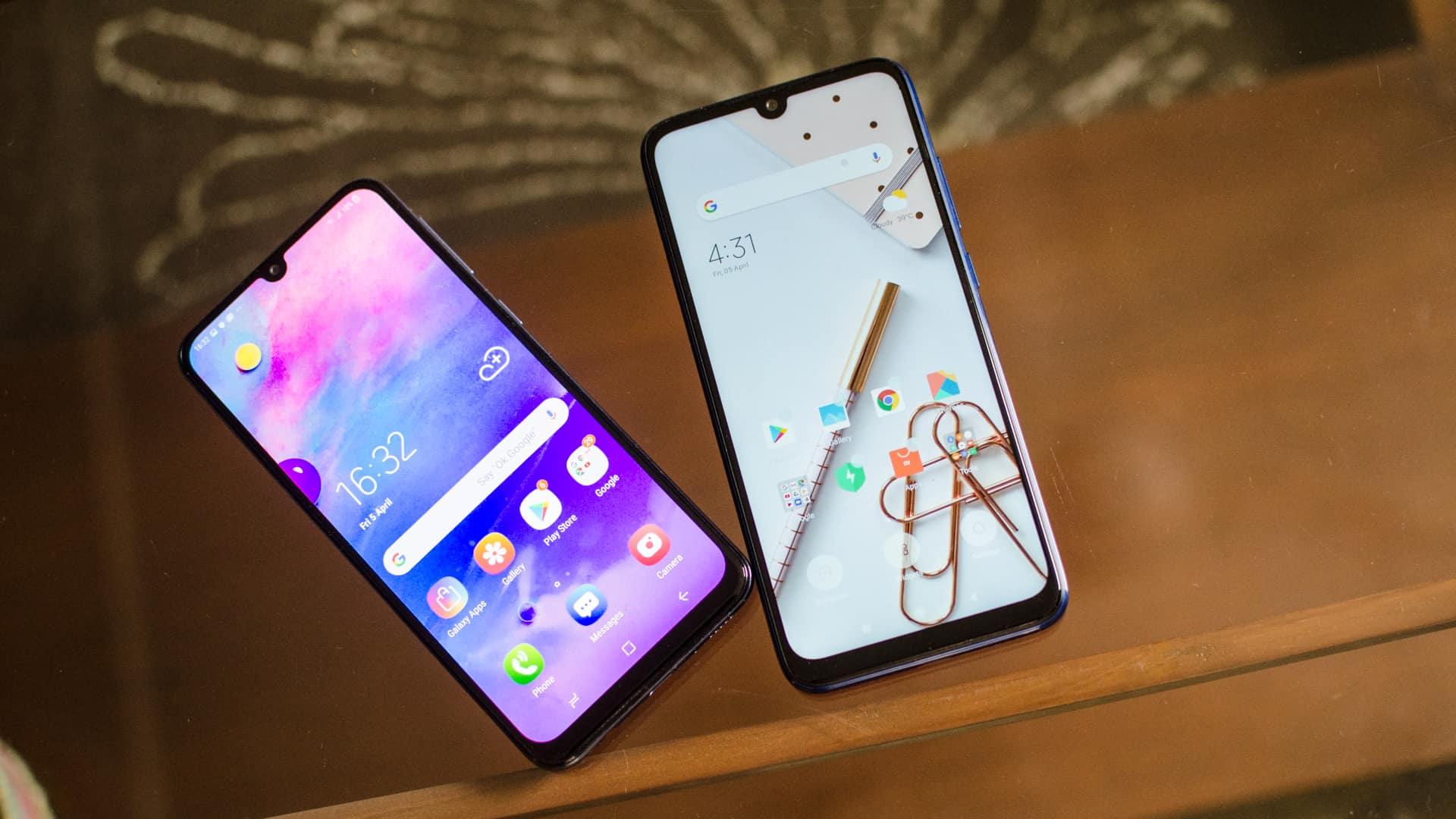 Redmi Note 7 vs Samsung Galaxy M30 front screen comparison