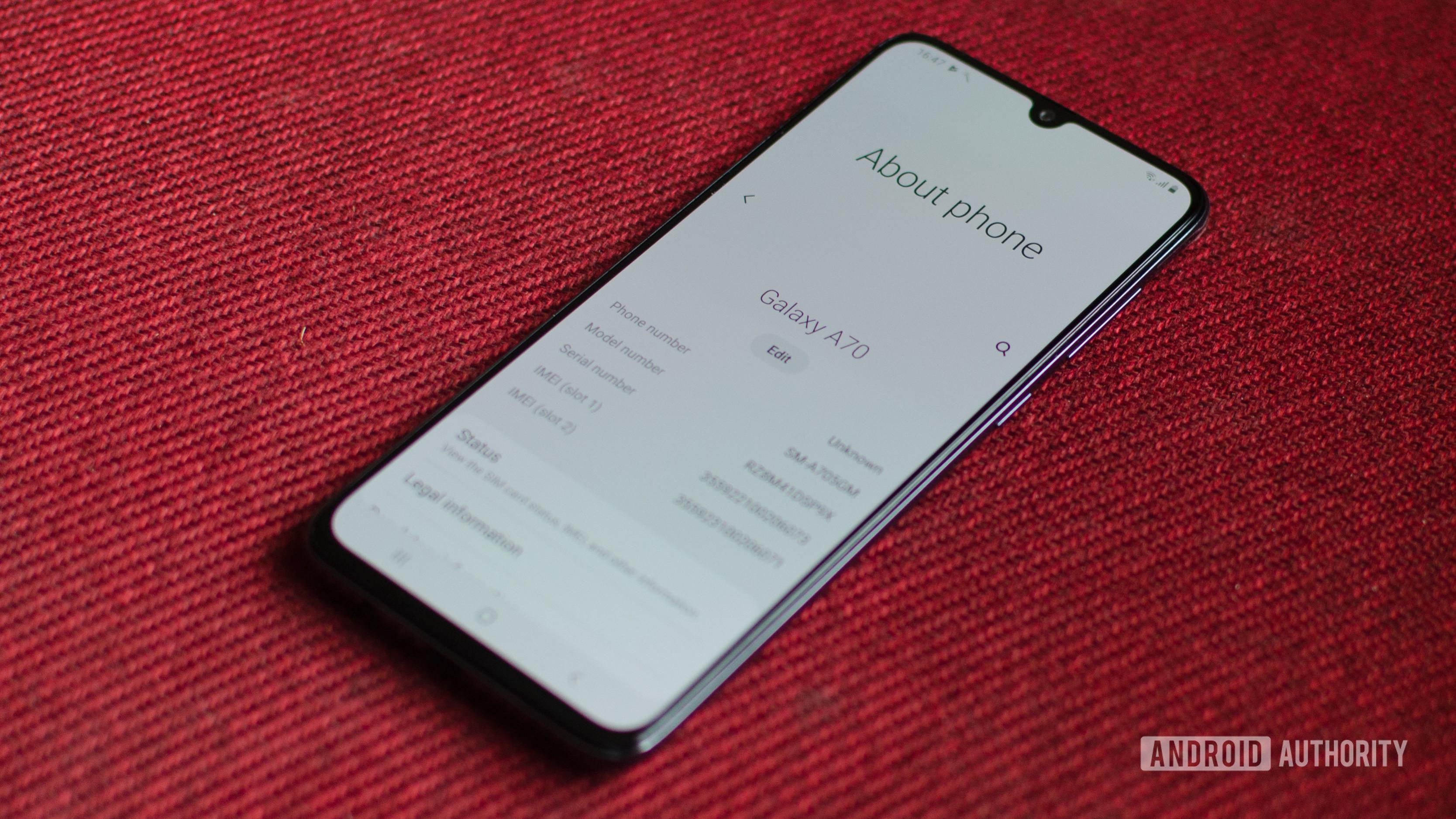 Samsung Galaxy A70 about screen