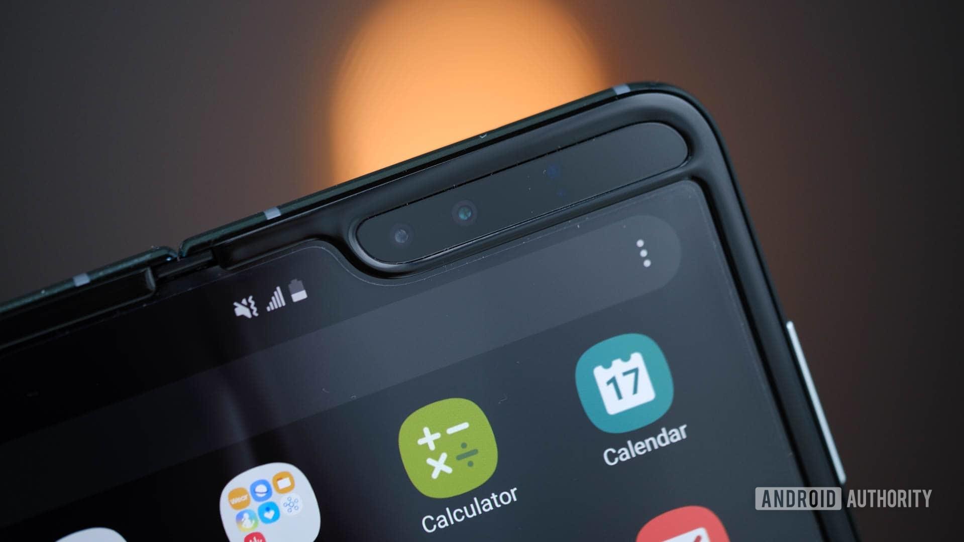 Samsung Galaxy Fold tablet mode cameras