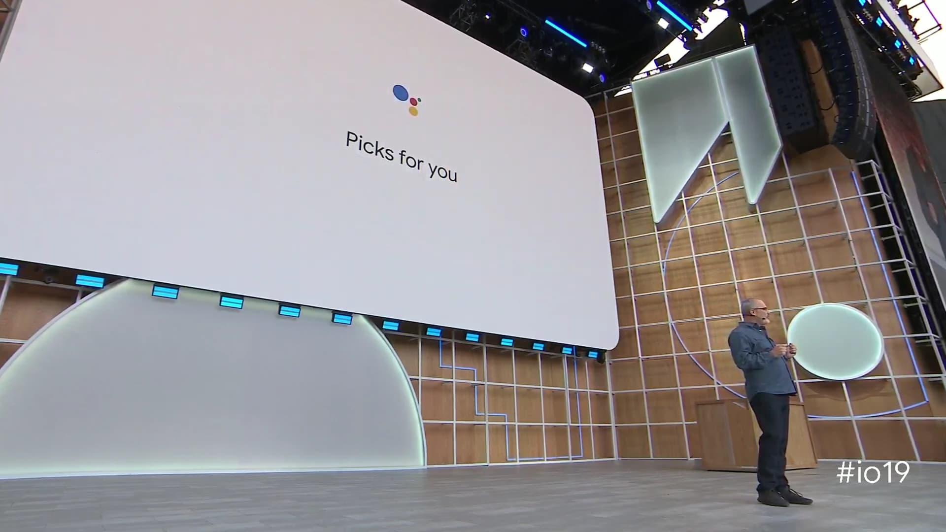 Scott shows off Pics for You at Google I/O 2019