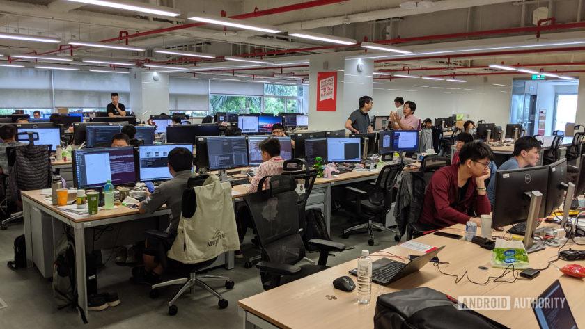 OnePlus Camera Lab - engineers at work