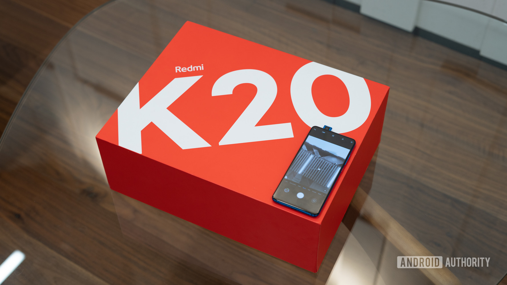 Redmi K20 -box with phone and pop up camera