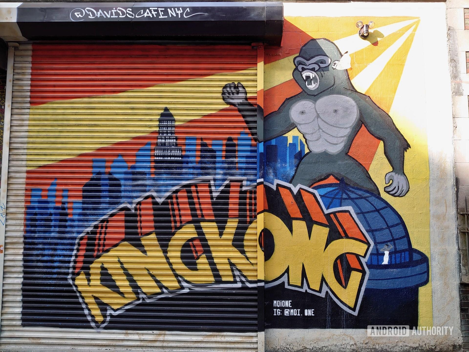 Sony Xperia 1 Review Photo Sample graffiti Kong
