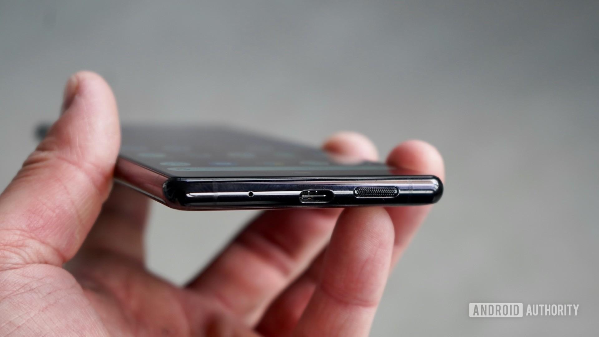 Sony Xperia 1 review USB port