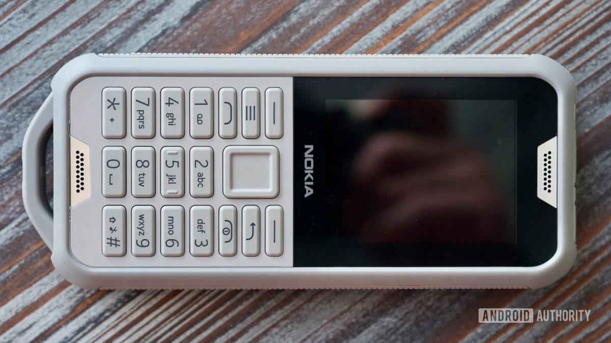 Nokia 800 Tough camo front