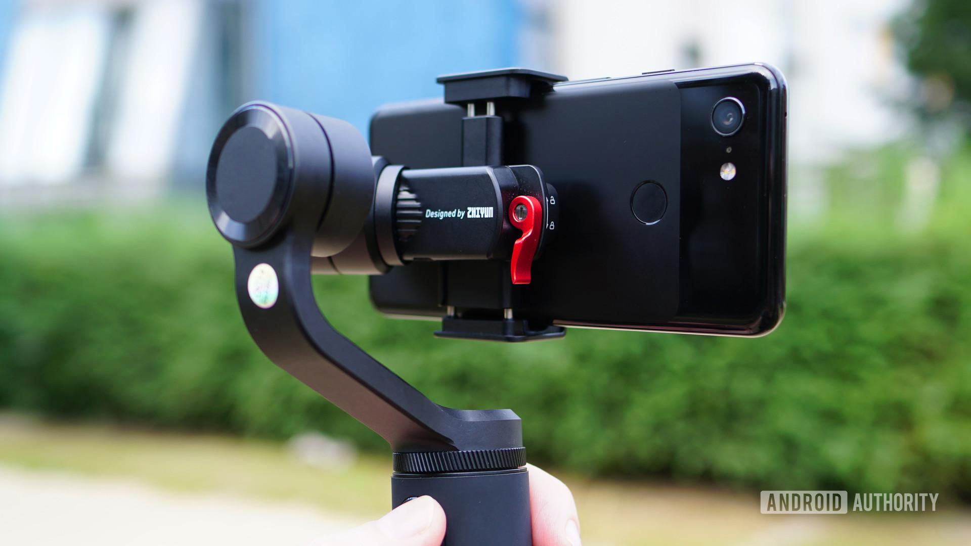 Zhiyun Smooth Q2 smartphone gimbal 1
