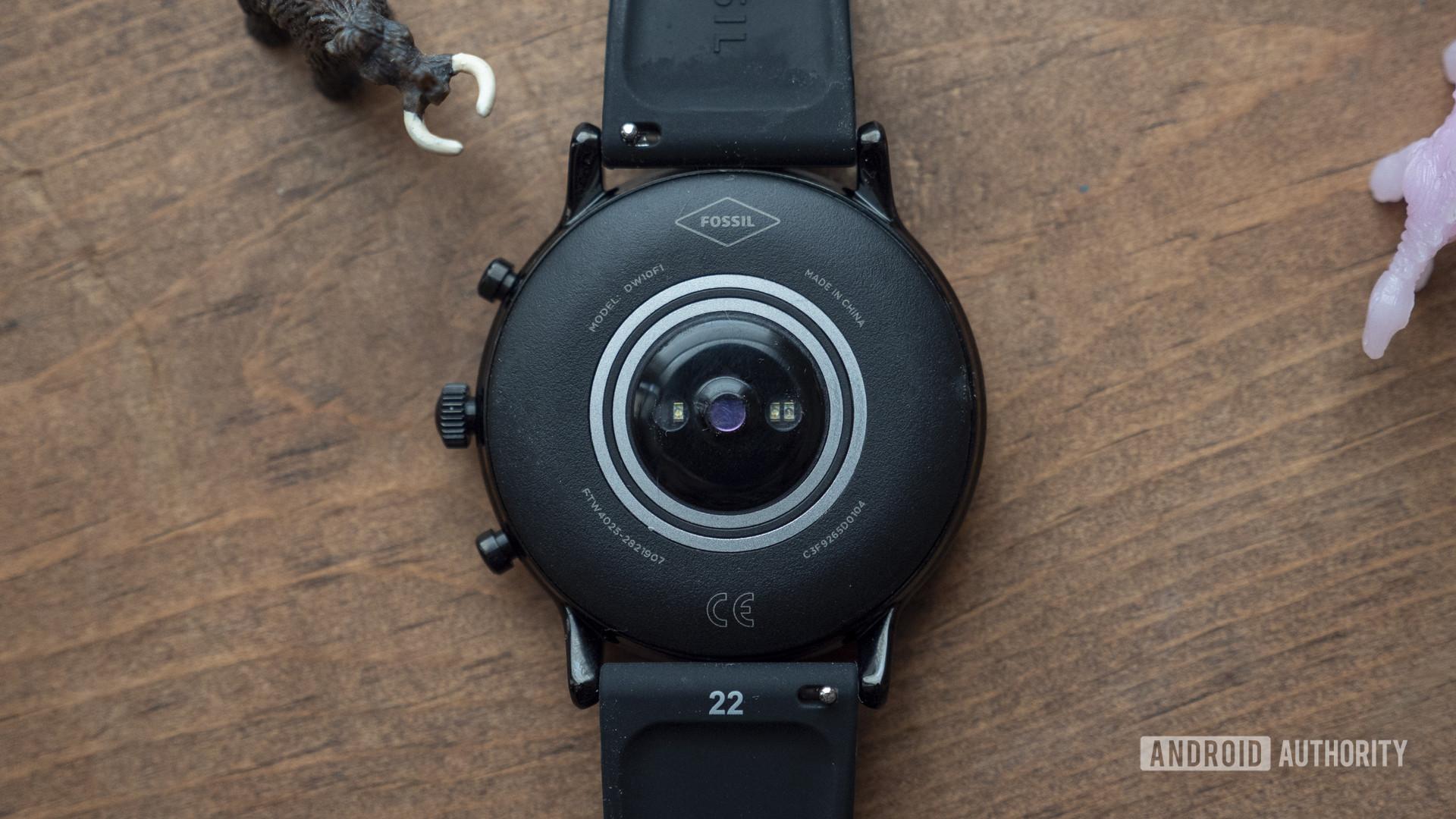 fossil gen 5 smartwatch review heart rate sensor 2