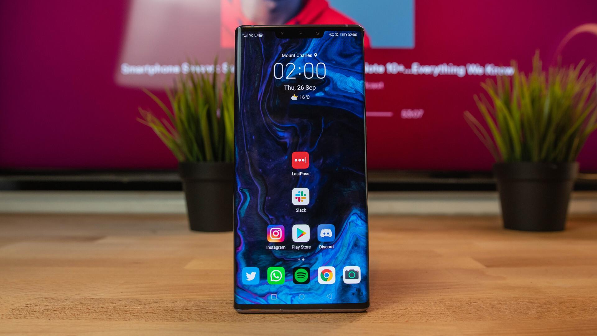 Huawei Mate 30 Pro Front shot of home screen