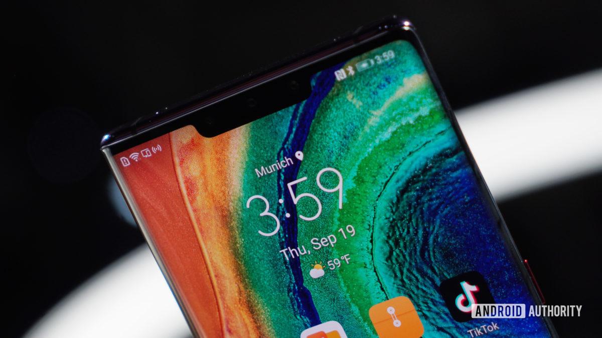 Huawei Mate 30 Pro notch display
