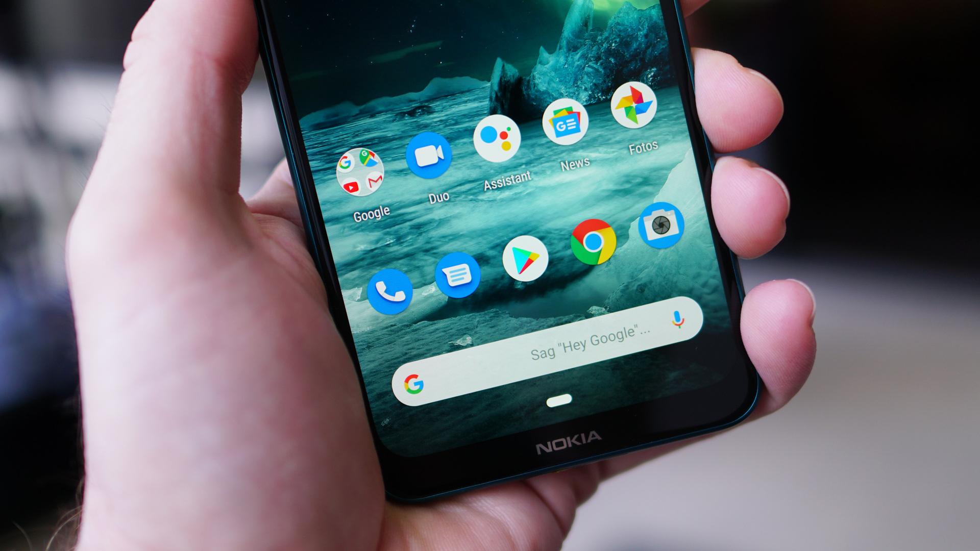 Nokia 7.2 app dock closeup