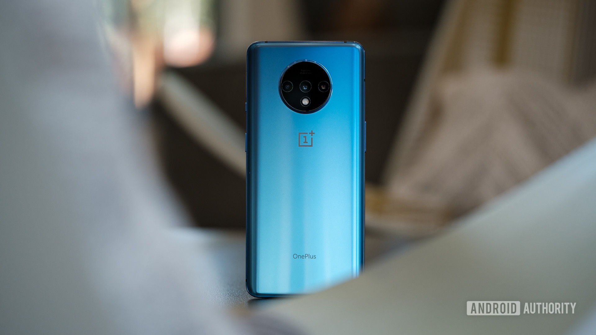 OnePlus 7T - one of the best phablets