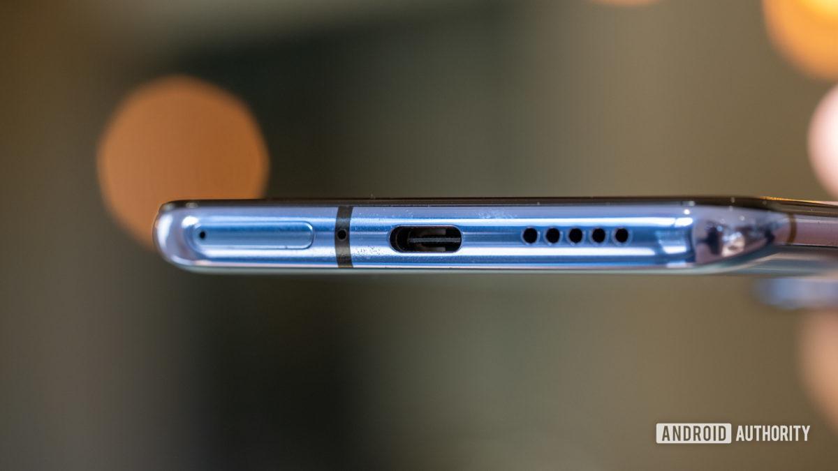 OnePlus 7T ports macro