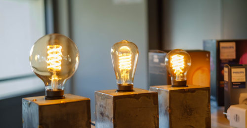 Philips Hue goes old school with Edison-style smart bulbs