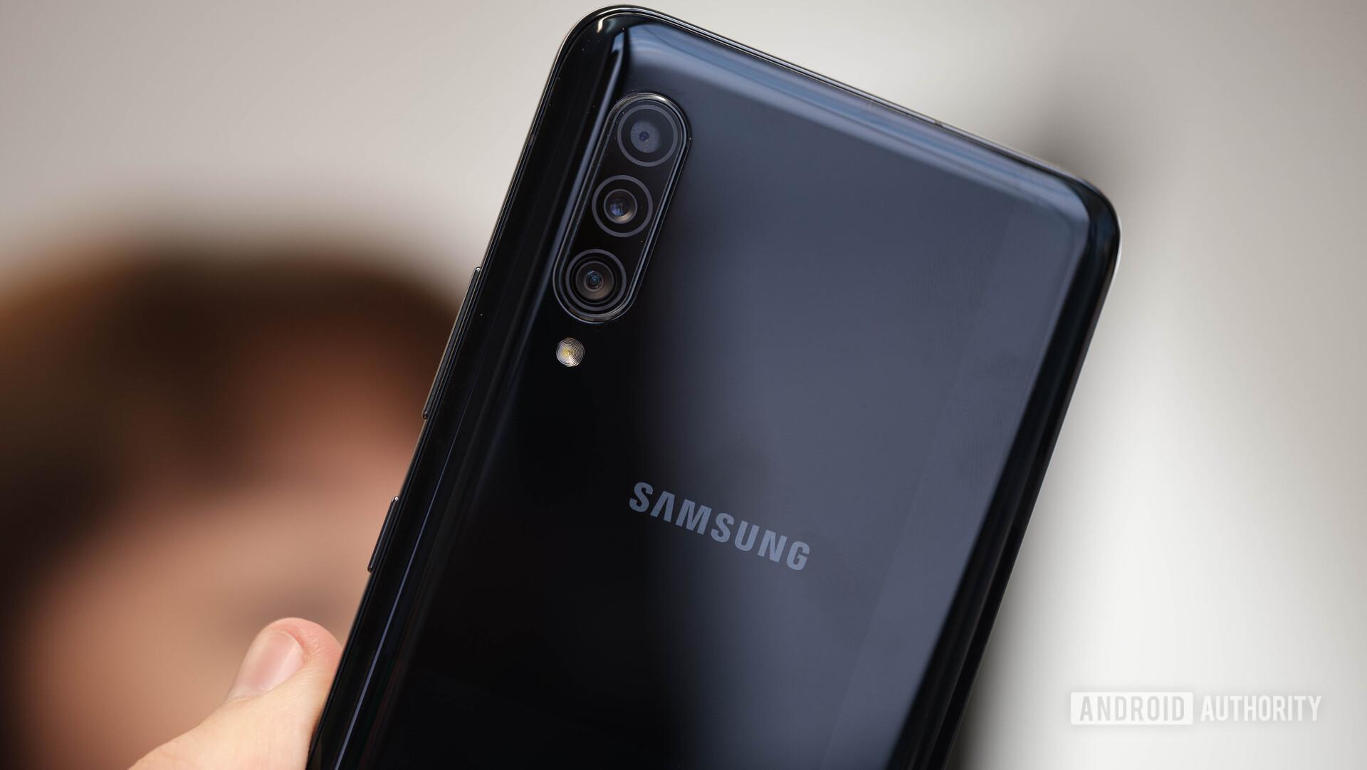 Samsung Galaxy A90 5G black back and camera array