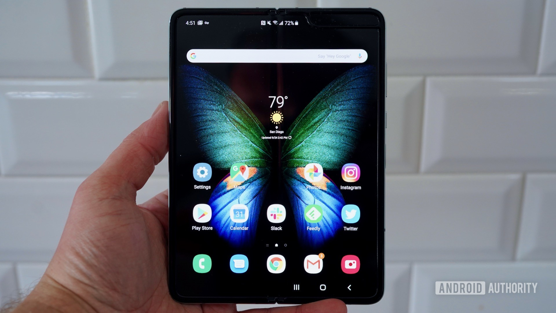 Samsung Galaxy Fold Review open in hand