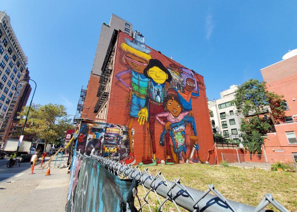 Samsung Galaxy Fold review camera sample wide graffiti