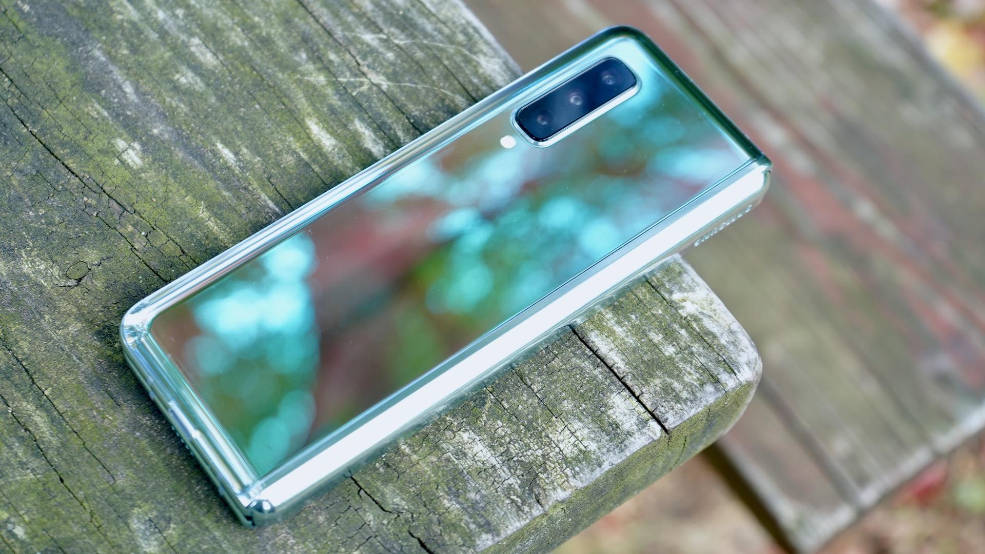 Samsung Galaxy Fold review shiny back