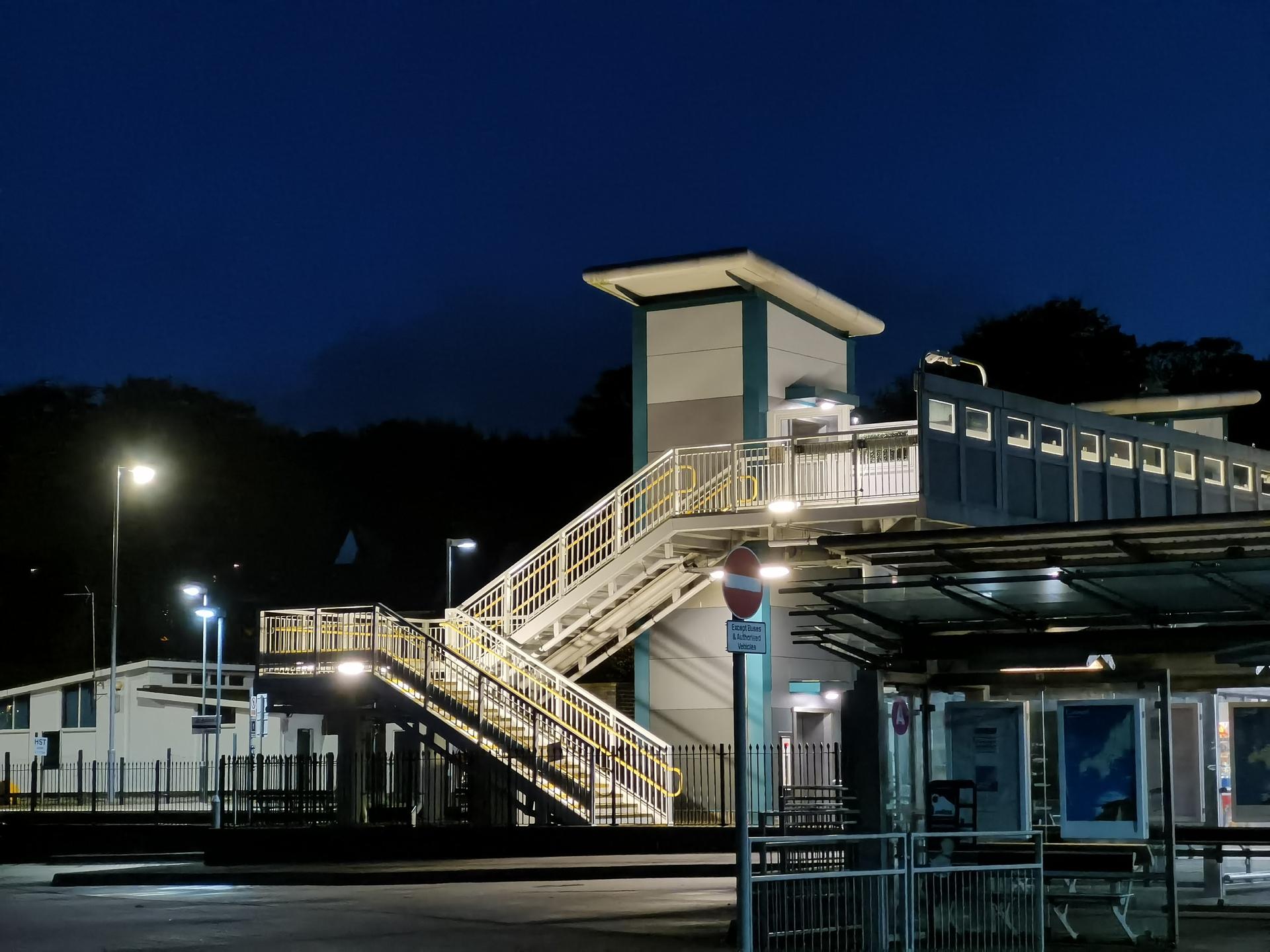 Huawei Mate 30 Pro Camera test Night shot 3x zoom of train station bridge in low light