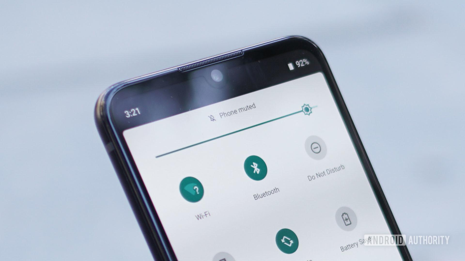 Motorola Moto One Zoom notch and earpiece speaker