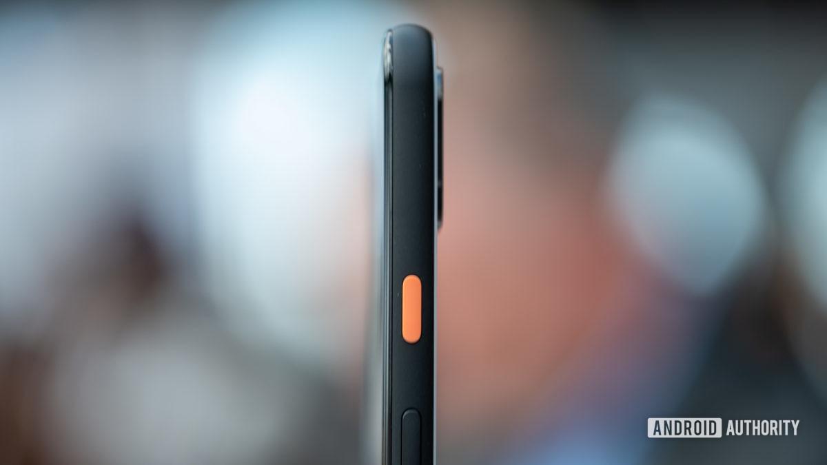 Pixel 4 XL button macro 1