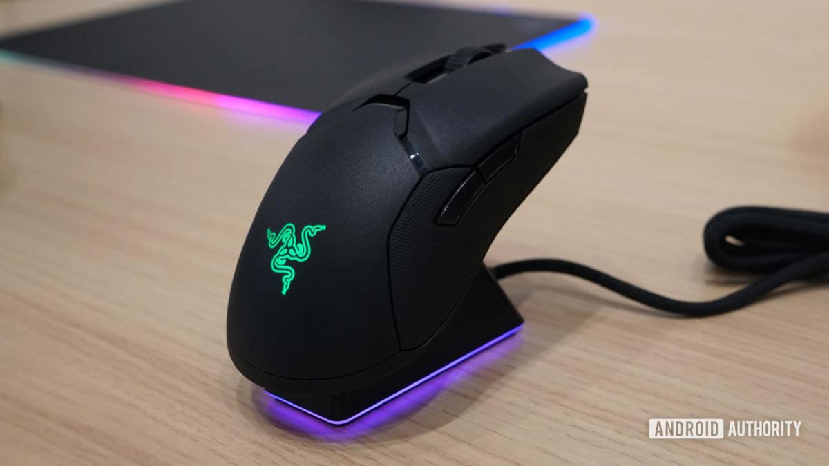 Razer Viper Ultimate mouse angle view